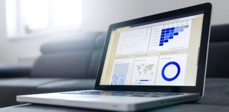 laptop screen show cyber risk score